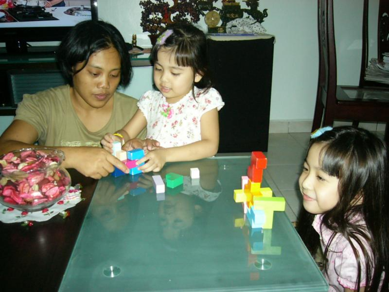 WARM, SINCERE, HONEST, HARD WORKING FILIPINO DOMESTIC HELPER WITH KIDS